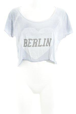 Liebeskind Berlin Cropped shirt azuur-grijs gedrukte letters atletische stijl