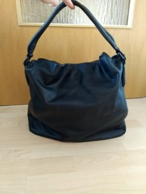 f4e2421203 Bags at reasonable prices | Secondhand | Prelved