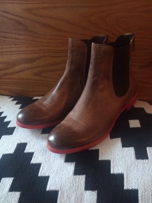 Liebeskind Chelsea Boots rote Sohle Gr. 39