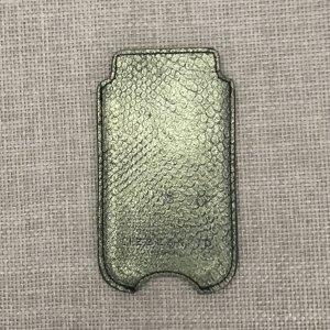 Liebeskind iPhone-Hülle, Krokodilleder-Optik, grün-metallic