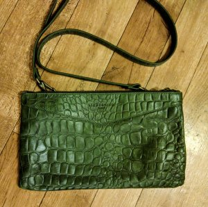 Liebeskind Berlin Pochette olive green leather