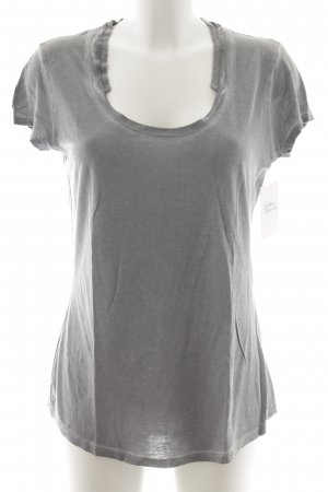 Liebeskind Camiseta gris look casual