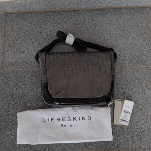 Liebeskind Berlin Bandolera negro-color plata