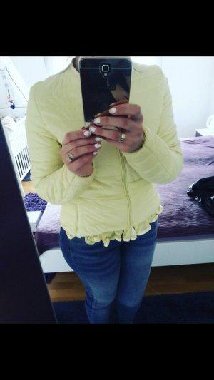 Light-Daunen Steppjacke mit Rundhalsausschnitt - Gelb 38 Blogger