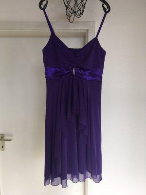 Lila Abendkleid zu verkaufen