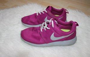 lila graue Nike Rosh run größe 42