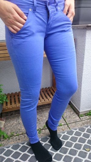Guess Pantalone lilla