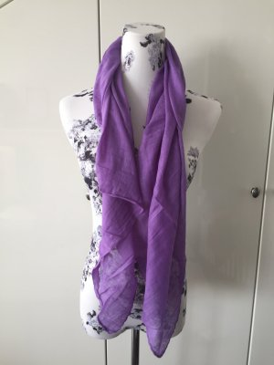 Pañuelo violeta azulado