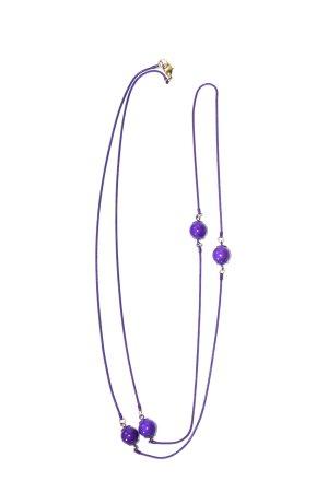 lila Kette mit 4 Perlen