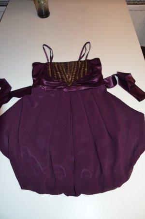 Lila kurzes Kleidchen