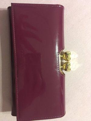 Lila Portemonnaie aus glänzendem Leder