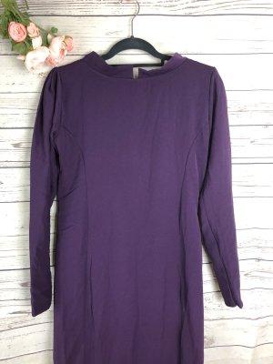 Robe de soirée violet foncé