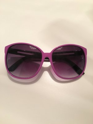 Lila/Schwarze Sonnenbrille
