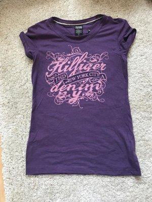 Lila T-Shirt von Tommy Hillfiger, Größe M