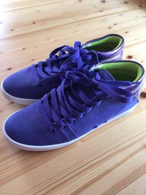 Lilafarbene Sneakers von Gravis in Größe 39