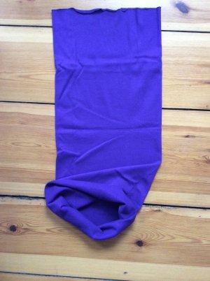 Lilafarbener Stoffschlauch, variabel zu tragen!