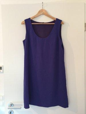 Lilafarbenes Etui Kleid von Benetton