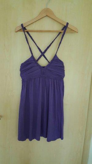 Lilanes Kleid mit geflochtenen Trägern