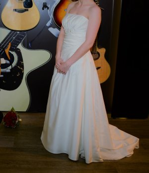 Lilly Wedding Dress natural white polyester