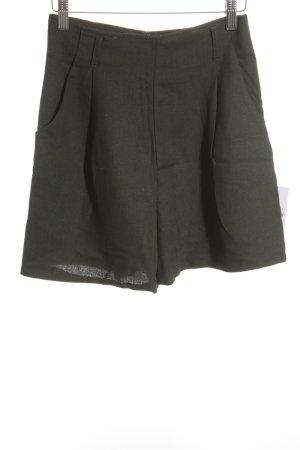 Limani High-Waist-Shorts dunkelgrün Street-Fashion-Look