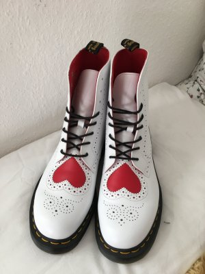 Limited Edition Dr. Martens Bentley Heart