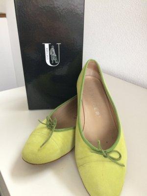 Lindgrüne Frühlings Ballerina von Unützer
