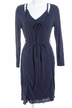 Linea Tesini Langarmkleid dunkelblau Street-Fashion-Look