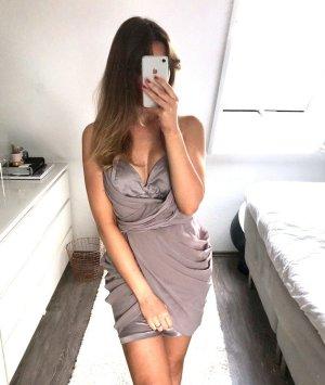 Lipsy Abendkleid Abiball Minikleid Kleid Volants Satin Neckholder Tüll rückenfrei Hochzeit