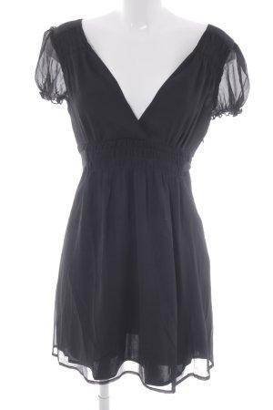 Lipsy Chiffon jurk zwart klassieke stijl