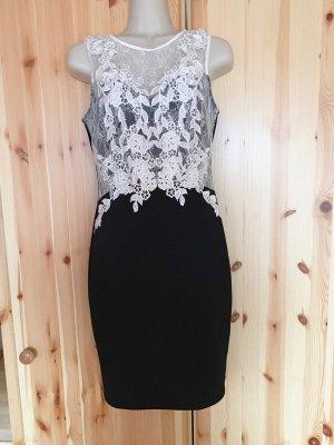 Lipsy Pencil Dress black-white