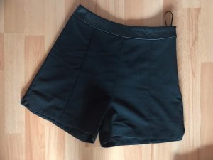 LIPSY LONDON High-Waist-Shorts black