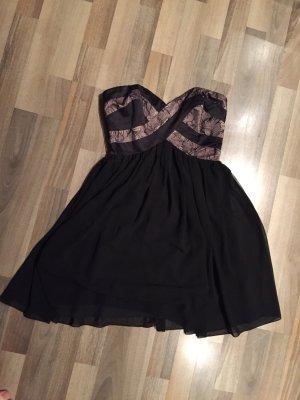 Lipsy Kleid trägerlos
