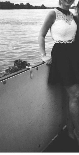 Lipsy Midi Dress white-black