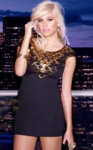 Lipsy London - Kleid mit goldenen Pailetten Gr.34/36