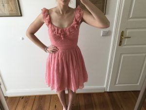 Lipsy London Rose Kleid