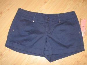 LIPSY: Shorts mit Nietenherzchen, Gr. UK 8, NEU