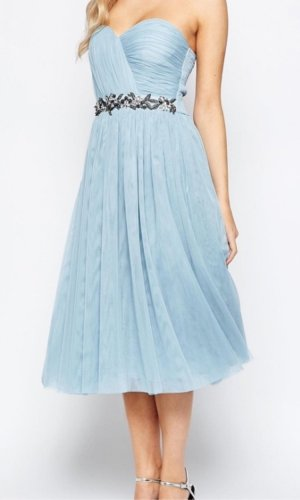Little Mistress trägerloses verziertes Kleid mit Tüllrock