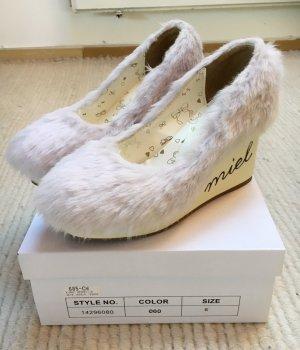 Liz Lisa Fake Fur Wedges in Lavendel aus Japan Gyaru Kawaii Cute Harajuku