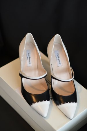 L.k. bennett Mary Jane Pumps black-natural white leather