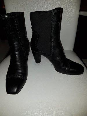 Lloyd Slip-on Booties black