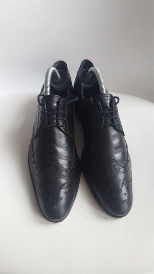 Lloyd Wingtip Shoes black