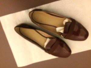 Loafer in bordeauxrot