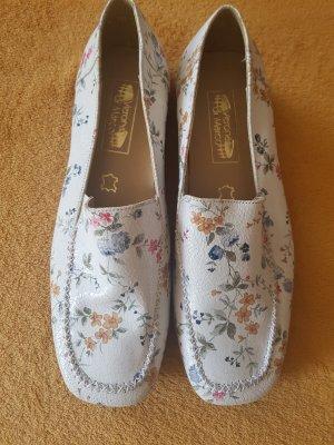 Verona Zapatos formales sin cordones blanco Cuero