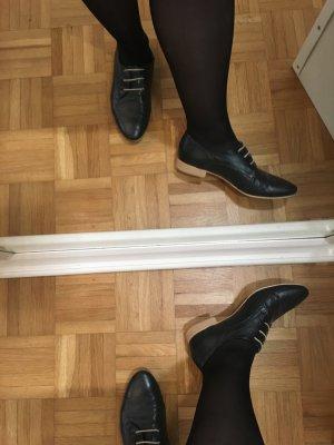 Zapatos estilo Oxford negro Cuero