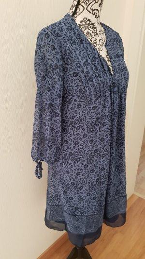 Locker-luftiges Kleid