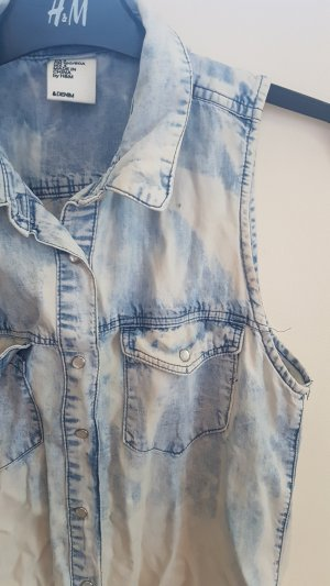 H&M Mouwloze blouse wit-staalblauw