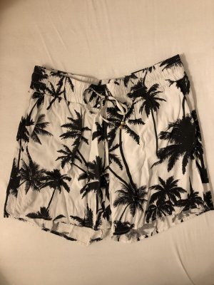 Lockere Short mit Palmen