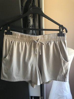 Lockere, weiche Shorts