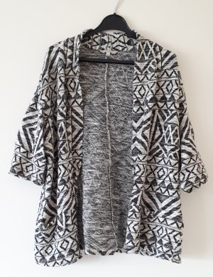 Lockerer Cardigan mit Muster