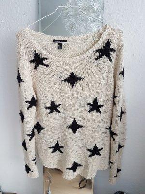 Lockerer heller Sommer Pullover mit Sternen